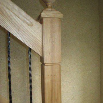 Laiptai su medinėm laikančiom sijom ME 15