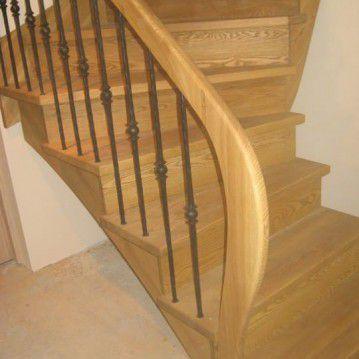 Mediniai laiptai ME 16