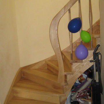Uždari mediniai laiptai ME 23