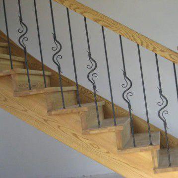 Mediniai laiptai su posūkiu ME 33