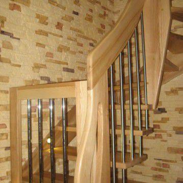 Sąvaržiniai išlengvinti laiptai su varteliais SA 19