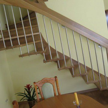 Sąvaržiniai išlengvinti laiptai SA 12