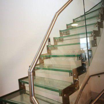 Stikliniai laiptai su nerūdijančio plieno turėklu ST 08